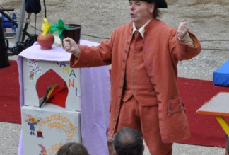 Ramani / Zauberer, Komischer Kellner, Clown