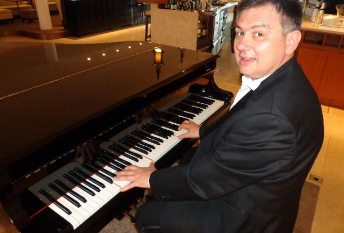 Pianist für Ihre Trauung, Hochzeit, Party oder Gala
